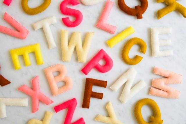 felt-alphabet-banner-600-17-661x441